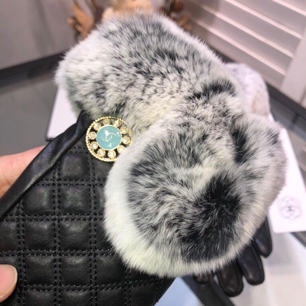 Chanel香奈儿2019秋冬懒兔毛