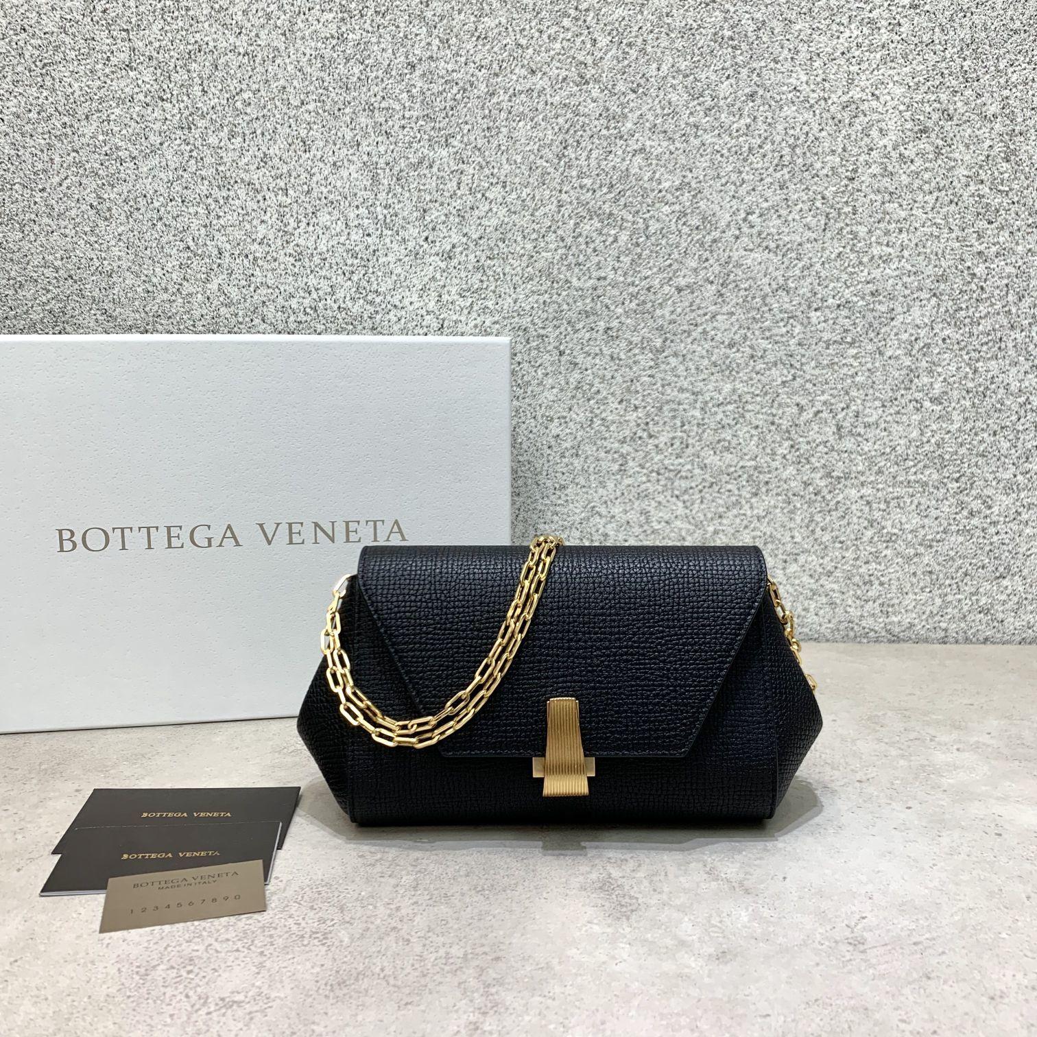 BV Angle bag 新款mini Bottega Venetaangle bag系列(图6)
