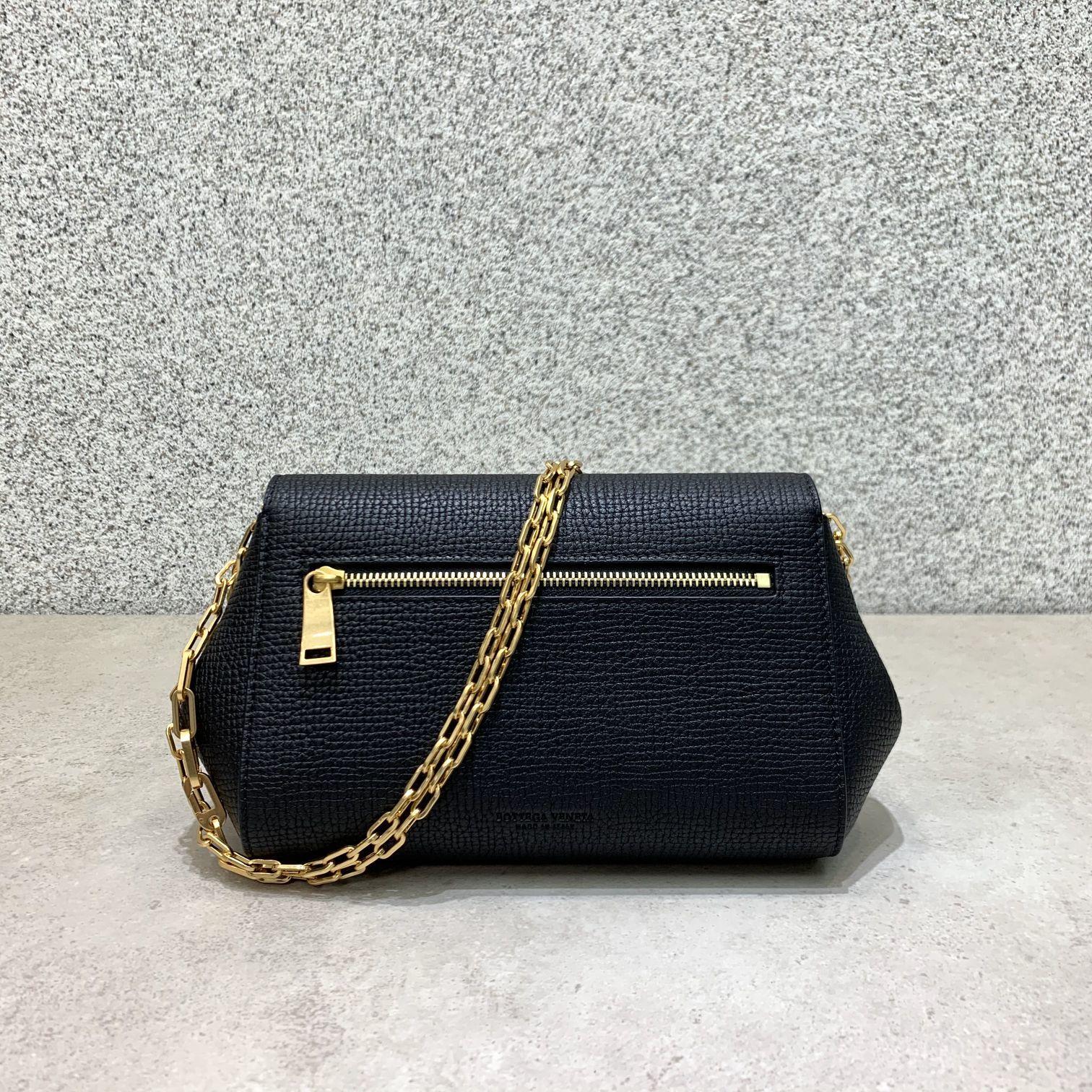BV Angle bag 新款mini Bottega Venetaangle bag系列(图8)