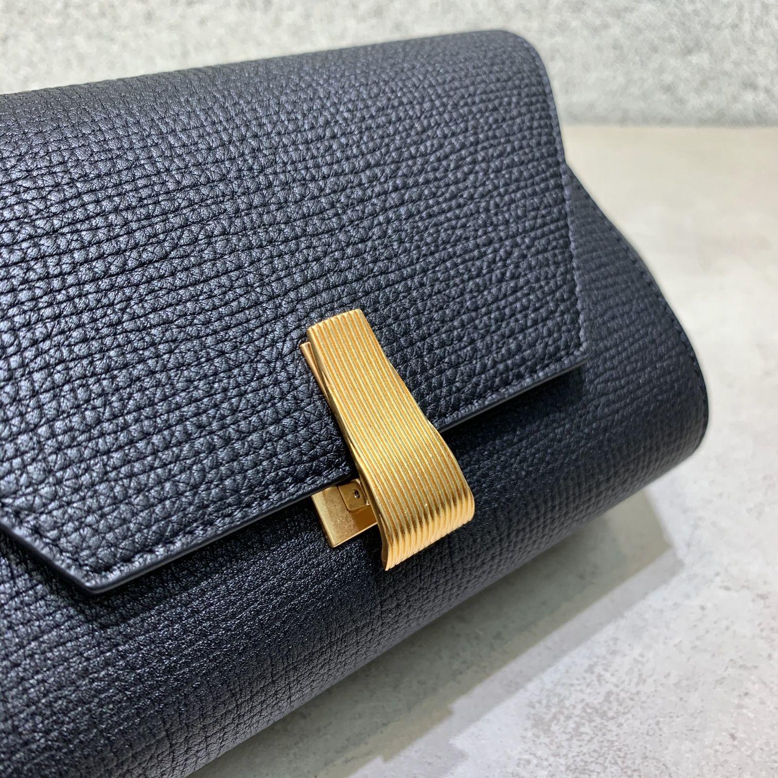 BV Angle bag 新款mini Bottega Venetaangle bag系列(图11)