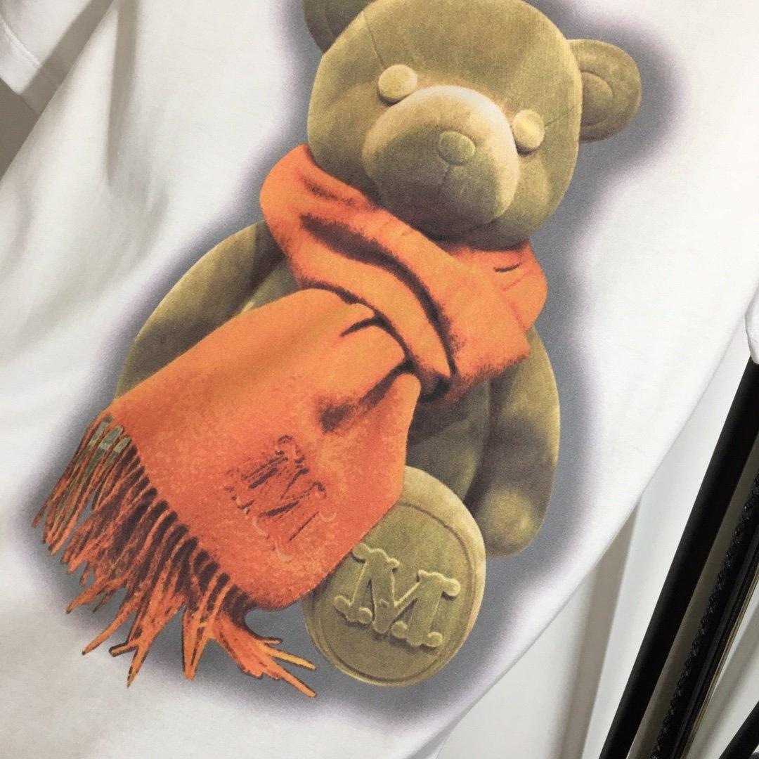 Moschino新款围巾小熊印花休闲