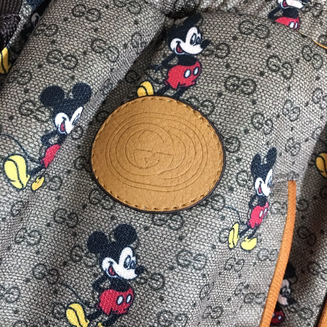 Gucci新款双G字母满身米老鼠印花