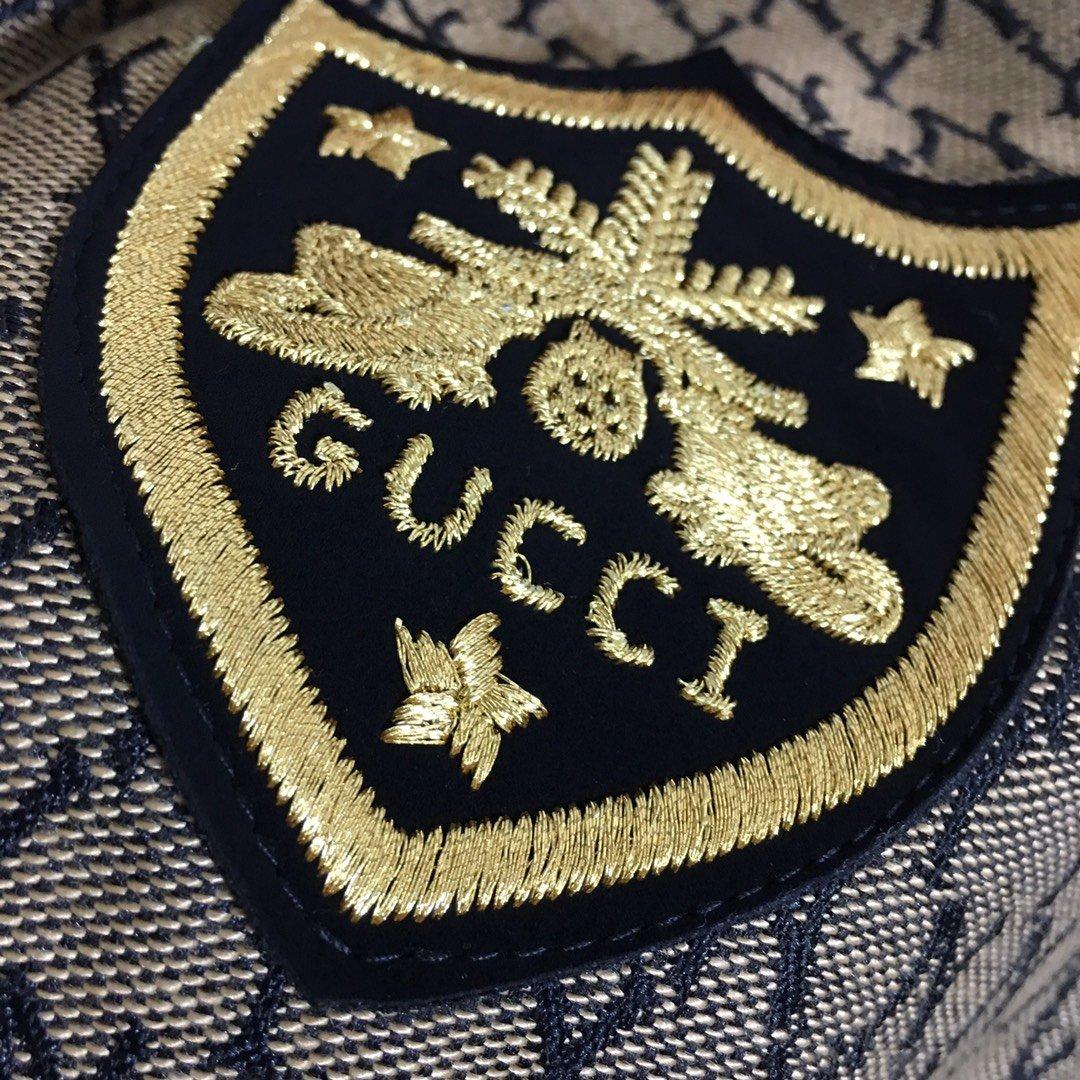 Gucci新款满身NY字母提花徽章刺