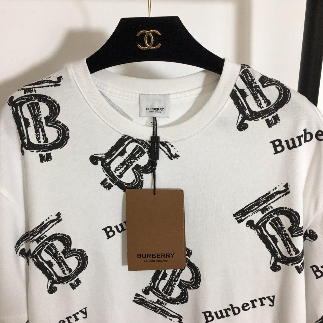 Burberry新款BT字母印花时尚