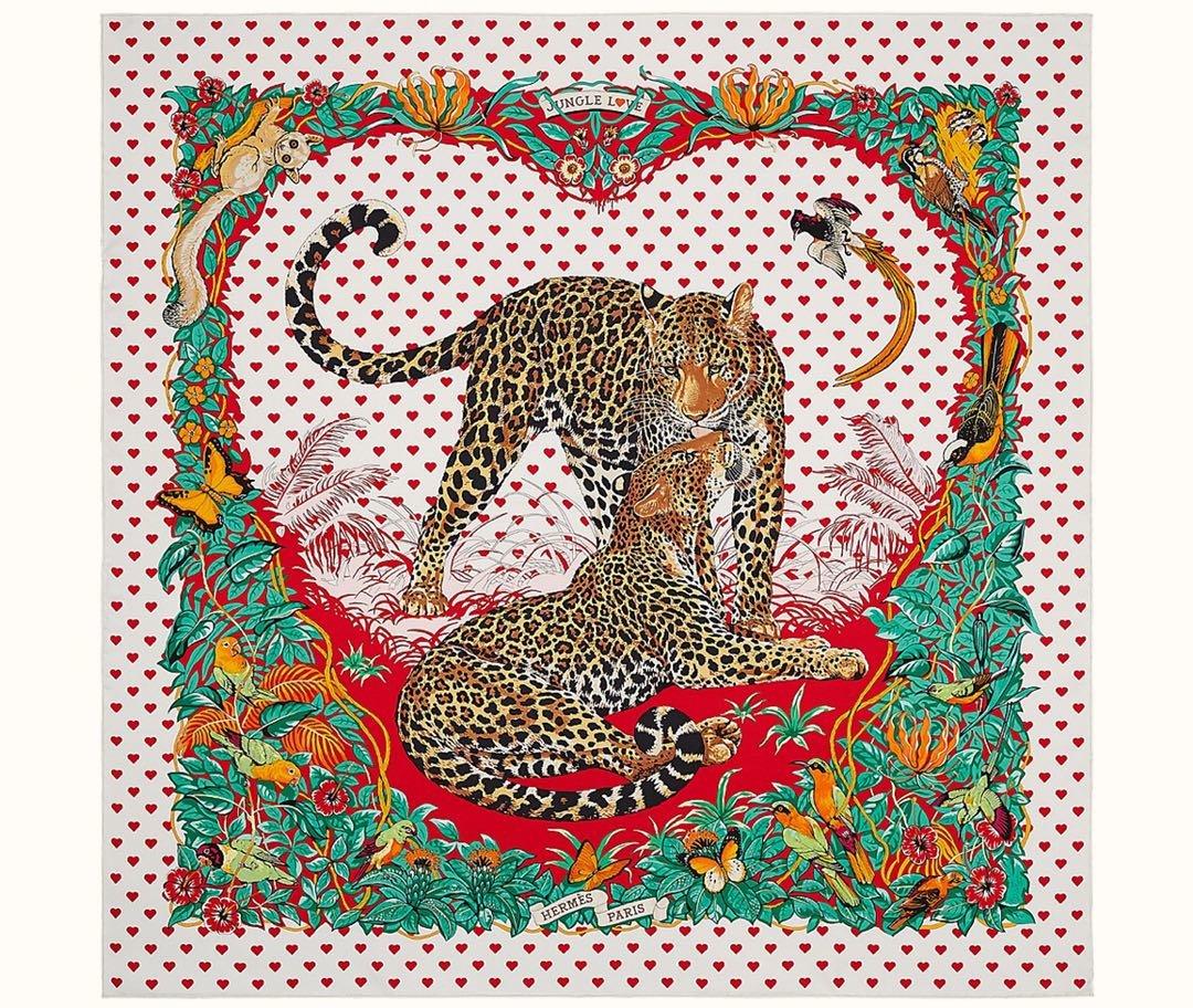 Hermes爱马仕手工卷边斜纹真丝方巾 多种方式佩戴(图3)