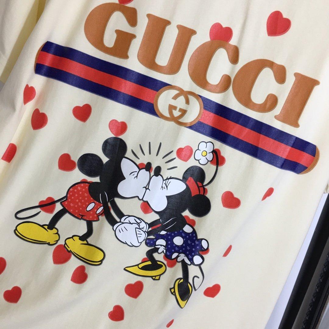 Gucci新款情侣款卡通米奇米妮爱心