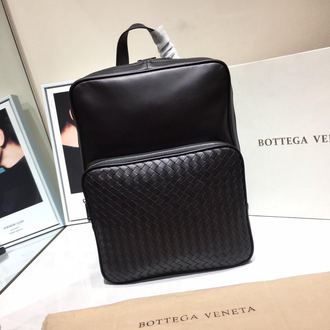 Bottega Veneta宝提嘉新款双肩背包(图1)