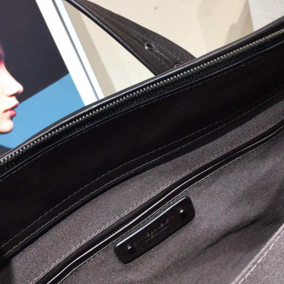 Bottega Veneta宝提嘉新款BV购物袋(图5)