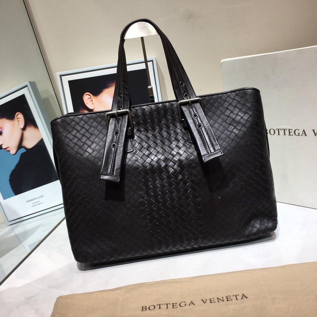Bottega Veneta宝提嘉新款BV购物袋(图1)