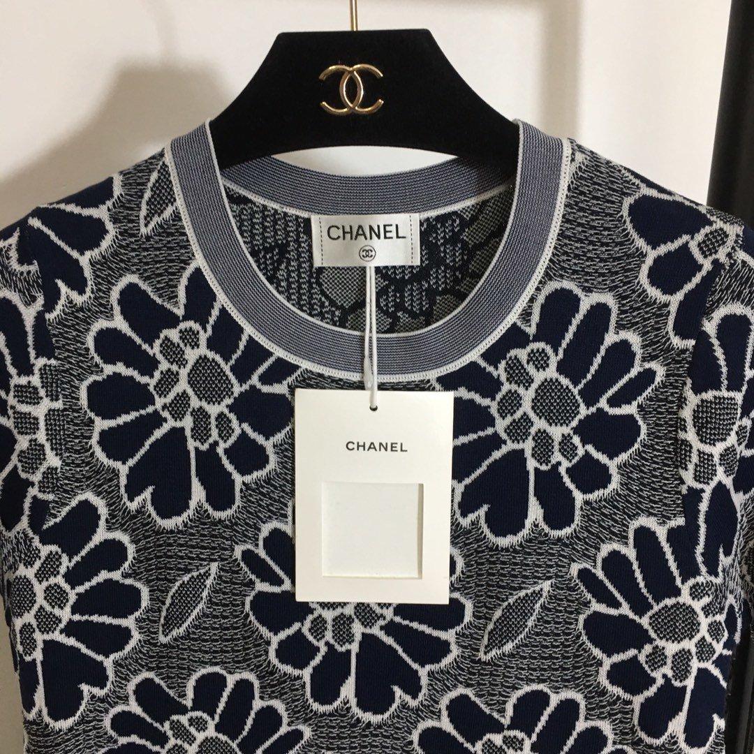 Chanel新款名媛小香风山茶花针织