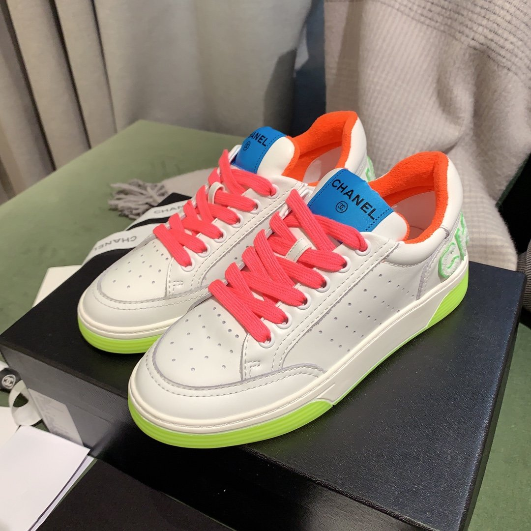 chanel小香2020新款小红书力推款彩色小白鞋(图5)