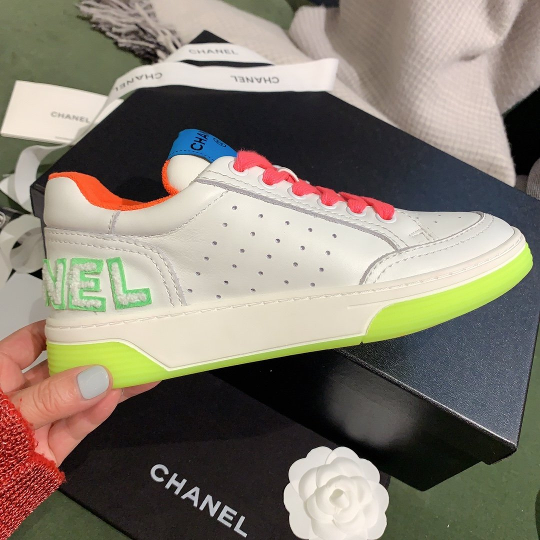 chanel小香2020新款小红书力推款彩色小白鞋(图6)