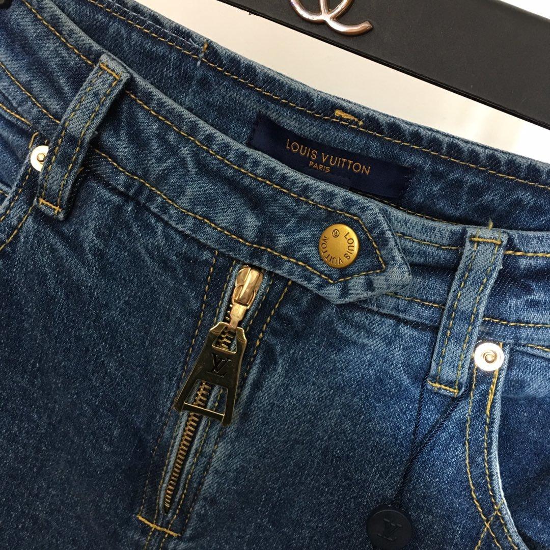 LV新款拉链外露高腰显瘦牛仔裤直筒裤