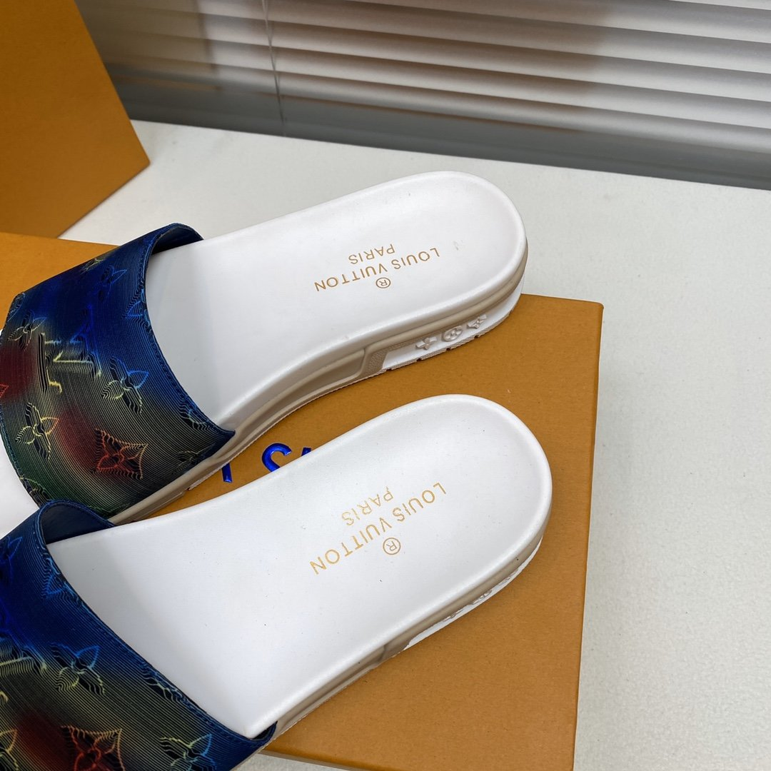 LV路易威登专柜新款男士休闲拖鞋系列