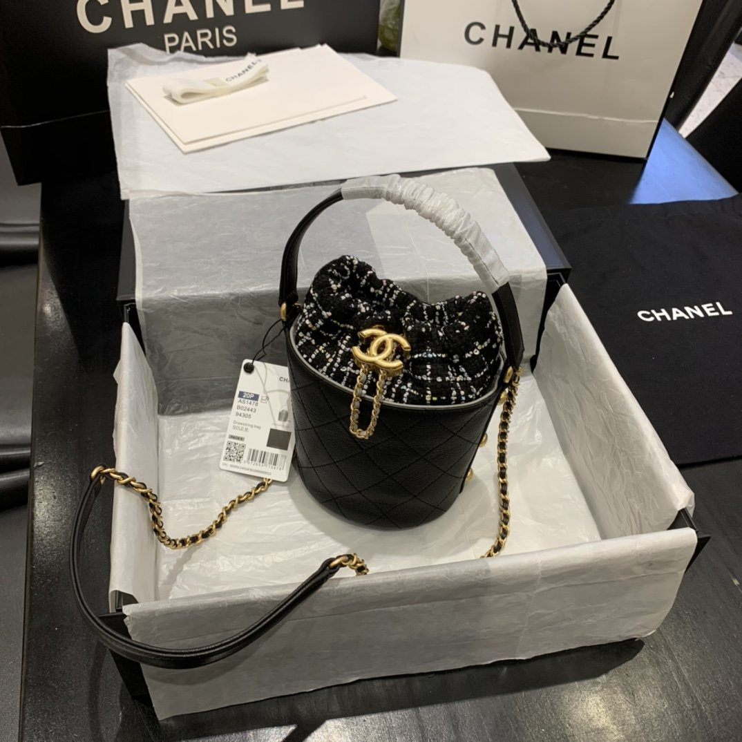 chanel香奈儿2020年最新款抽绳小桶包(图2)