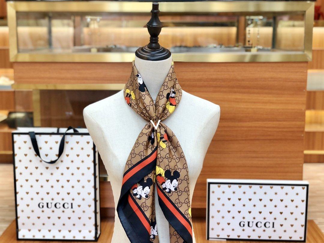 Gucci X Disneyp限量联名系列米奇老鼠斜纹真丝方巾(图11)
