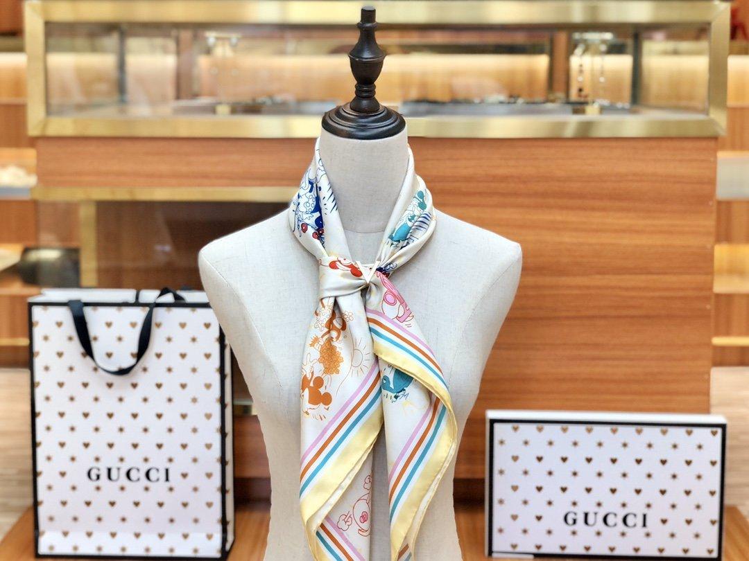 Gucci X Disneyp限量联名系列米奇老鼠斜纹真丝方巾(图9)