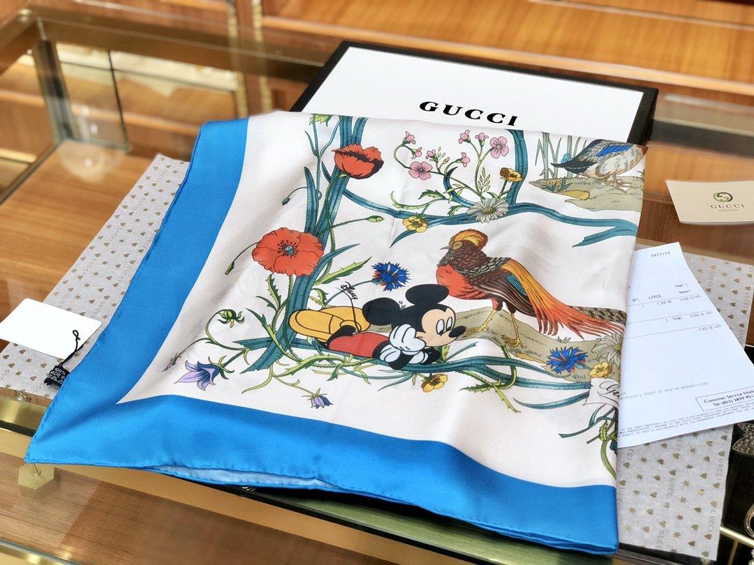 Gucci X Disneyp限量联名系列米奇老鼠斜纹真丝方巾(图2)