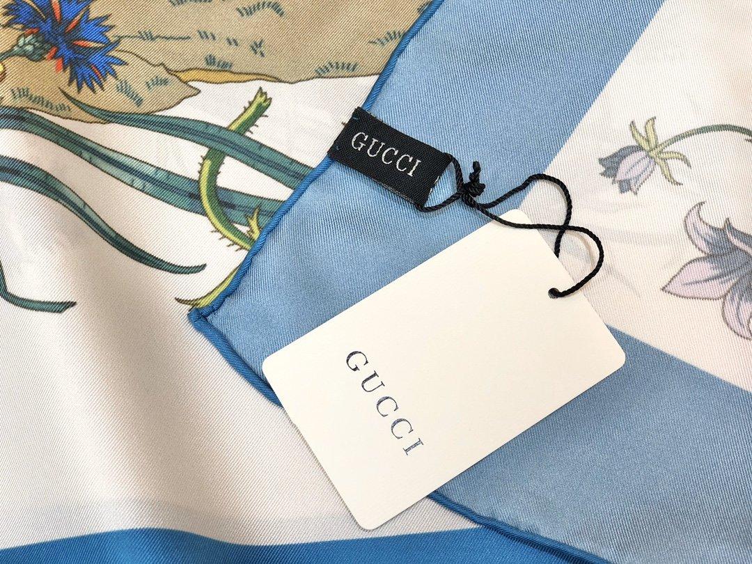 Gucci X Disneyp限量联名系列米奇老鼠斜纹真丝方巾(图4)