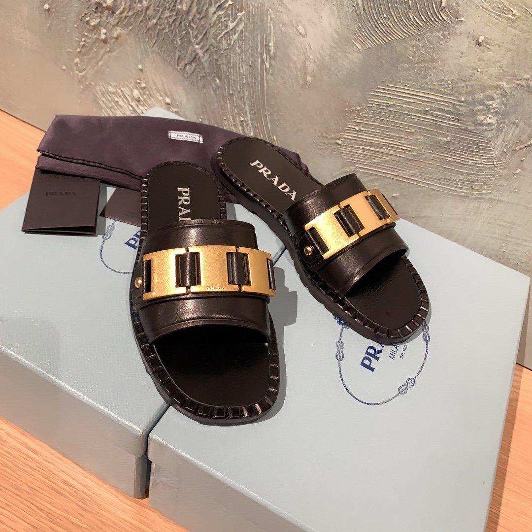 Prada代购品质 2020早春新款复古编织镂空乐福拖鞋(图3)