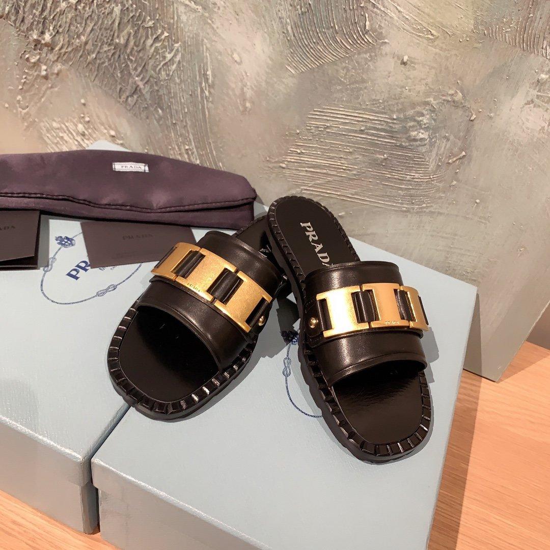 Prada代购品质 2020早春新款复古编织镂空乐福拖鞋(图4)