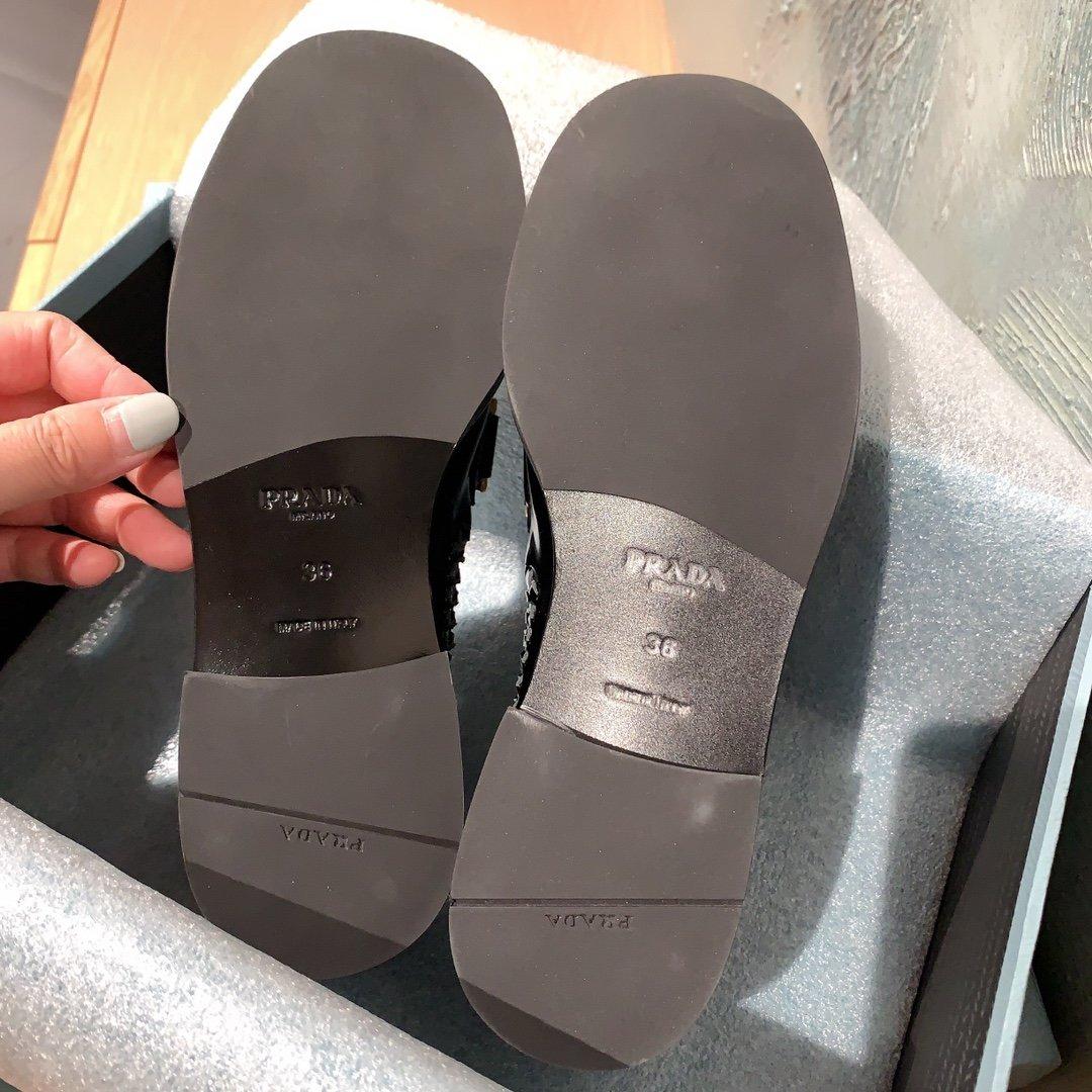 Prada代购品质 2020早春新款复古编织镂空乐福鞋(图9)