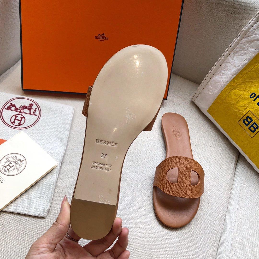 爱马仕Hermes经典款猪鼻子马卡龙色系拖鞋手掌纹牛皮(图8)