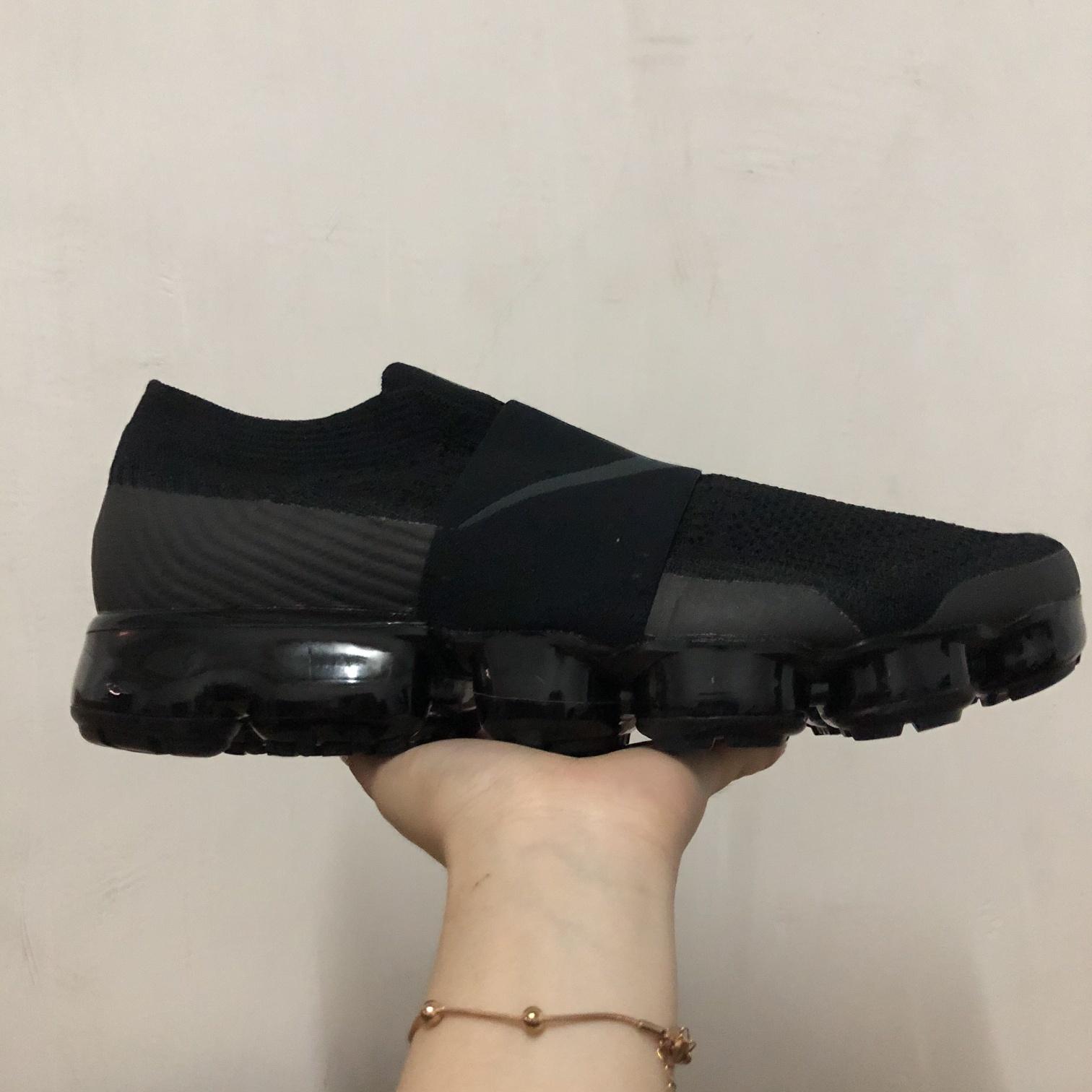 NIKE AIR VAPORMAX MOC 全黑 无鞋带绑带大气垫跑步鞋
