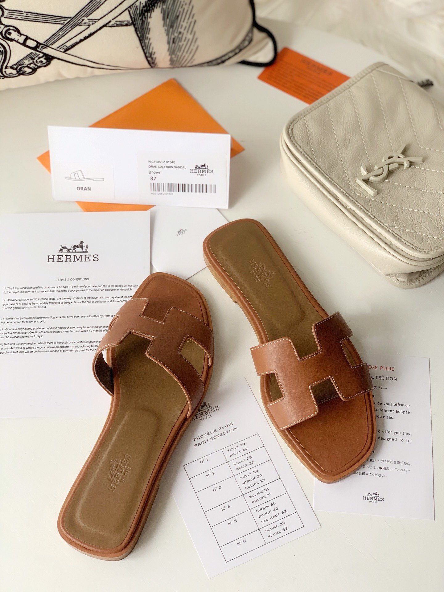 Hermes顶级版本 爱马仕经典Oran拖鞋(图7)