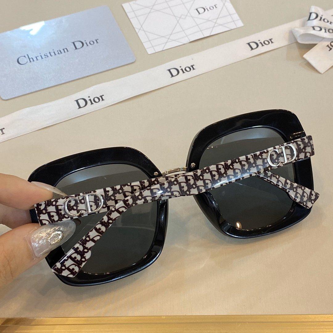 Dior NUANCE5 最新老花元素情侣款眼镜(图3)