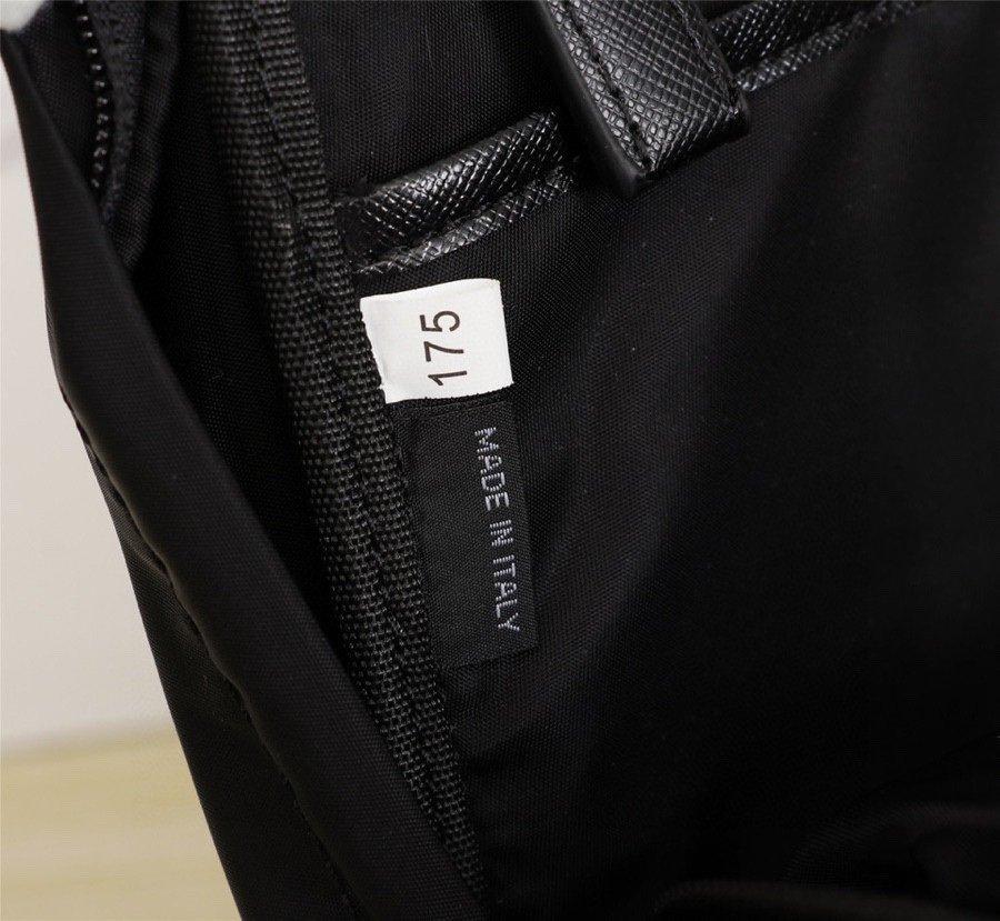 .PRADAP家官网新胸款包时尚年轻