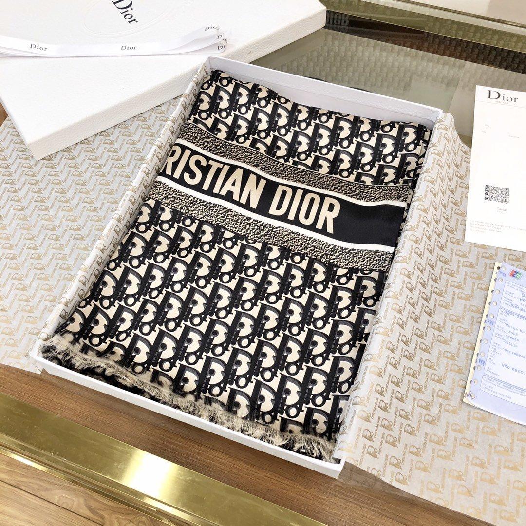 Dior新款丝巾重磅推荐桑蚕真丝Dior第一名主打丝巾(图4)
