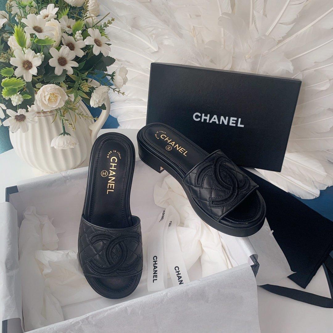 Chanel20春夏全羊皮蜜儿拖鞋菱格刺绣(图5)