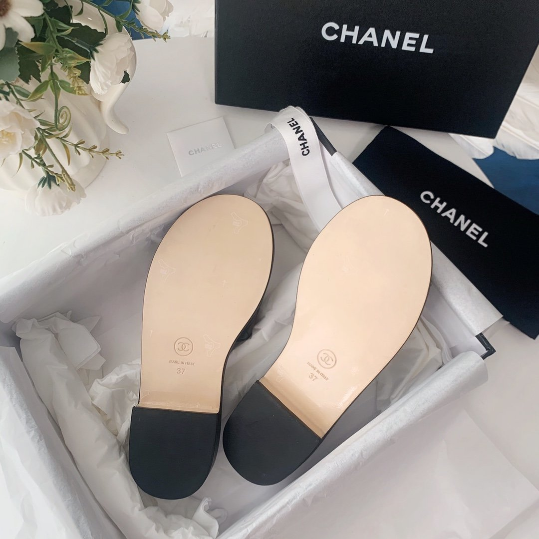Chanel20春夏全羊皮蜜儿拖鞋菱格刺绣(图7)