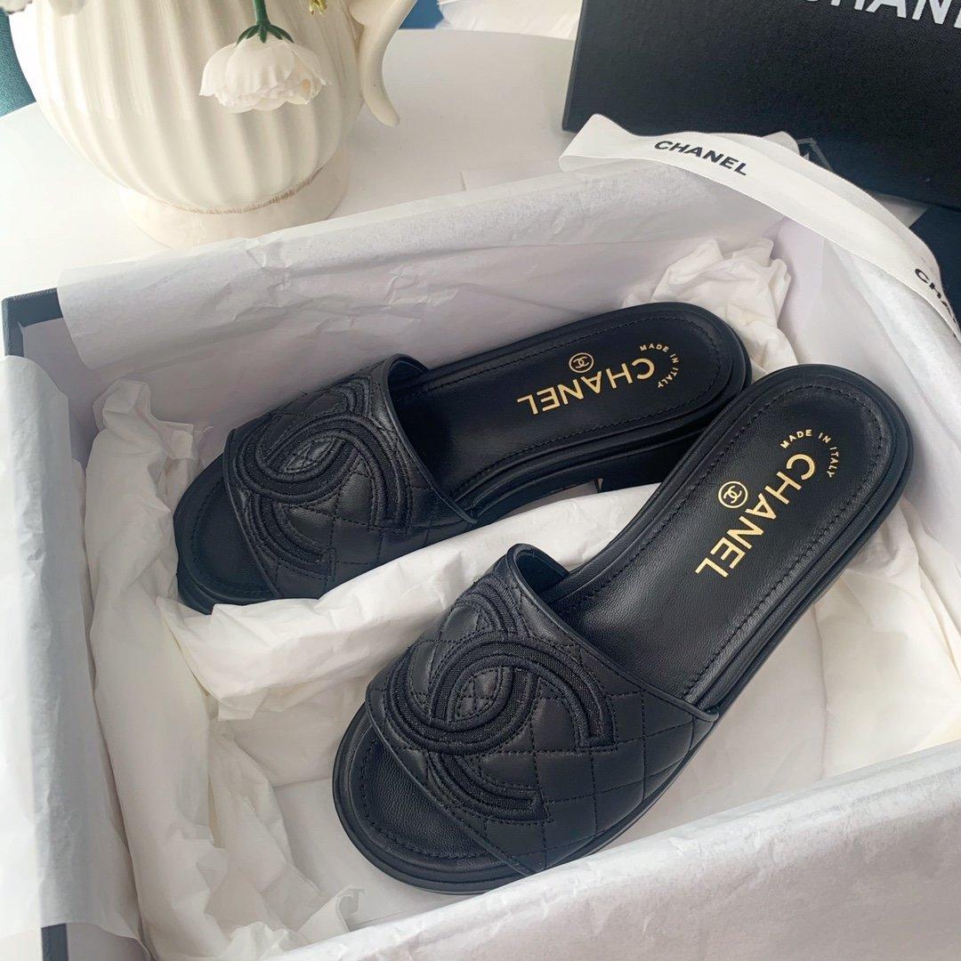 Chanel20春夏全羊皮蜜儿拖鞋菱格刺绣(图4)