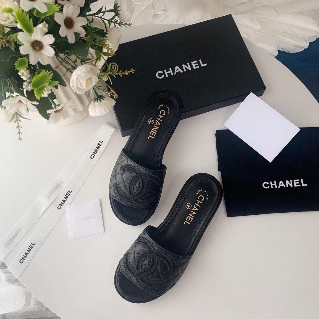 Chanel20春夏全羊皮蜜儿拖鞋菱格刺绣(图1)