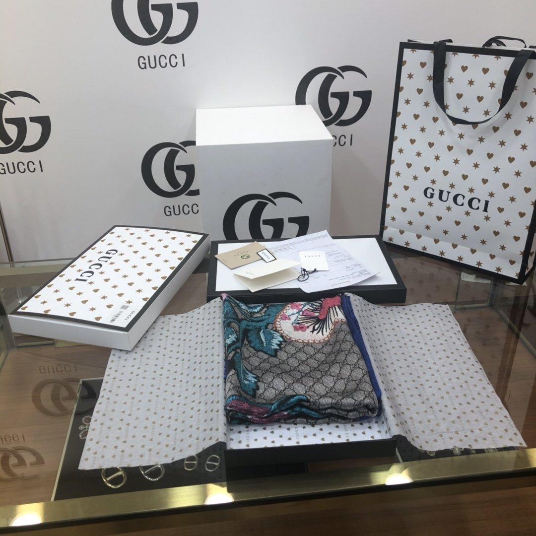 Gucci双层真丝防晒丝巾真丝披肩(图1)