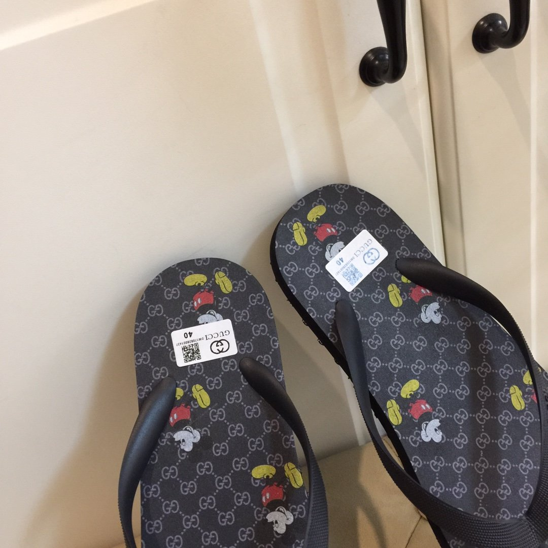 Gucci家男款夹趾拖鞋鞋面大底都是