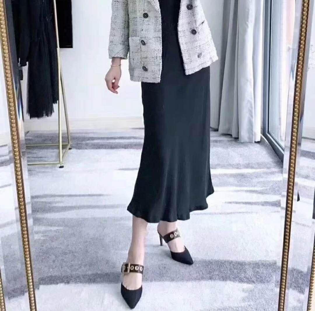 Dior 19ss新款尖头平底高跟拖鞋 顶级代购品质(图2)