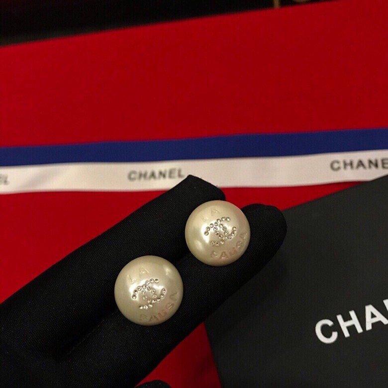 Chanel香奈儿耳钉小香珍珠耳钉热