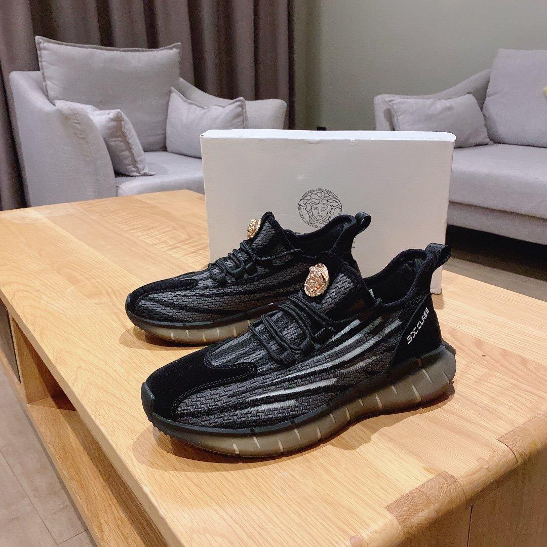 VERSACE范思哲新款男鞋官网同步