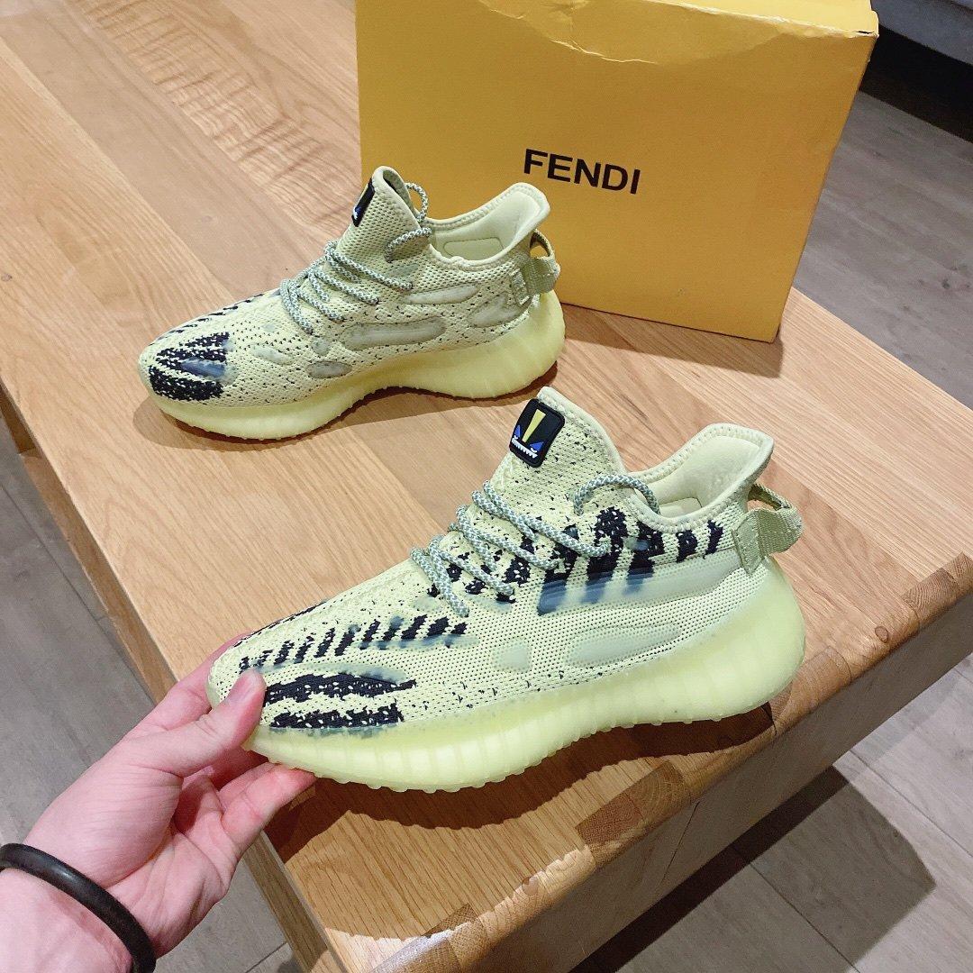 最新FENDI独家运动款引领时尚潮流