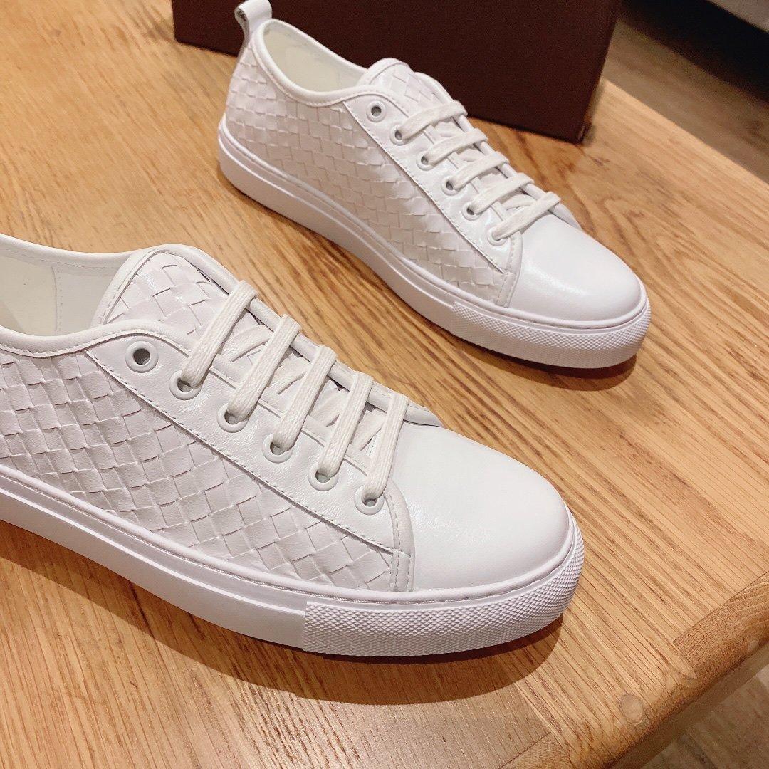 BV最新款休闲鞋欧洲专柜款进口头层编