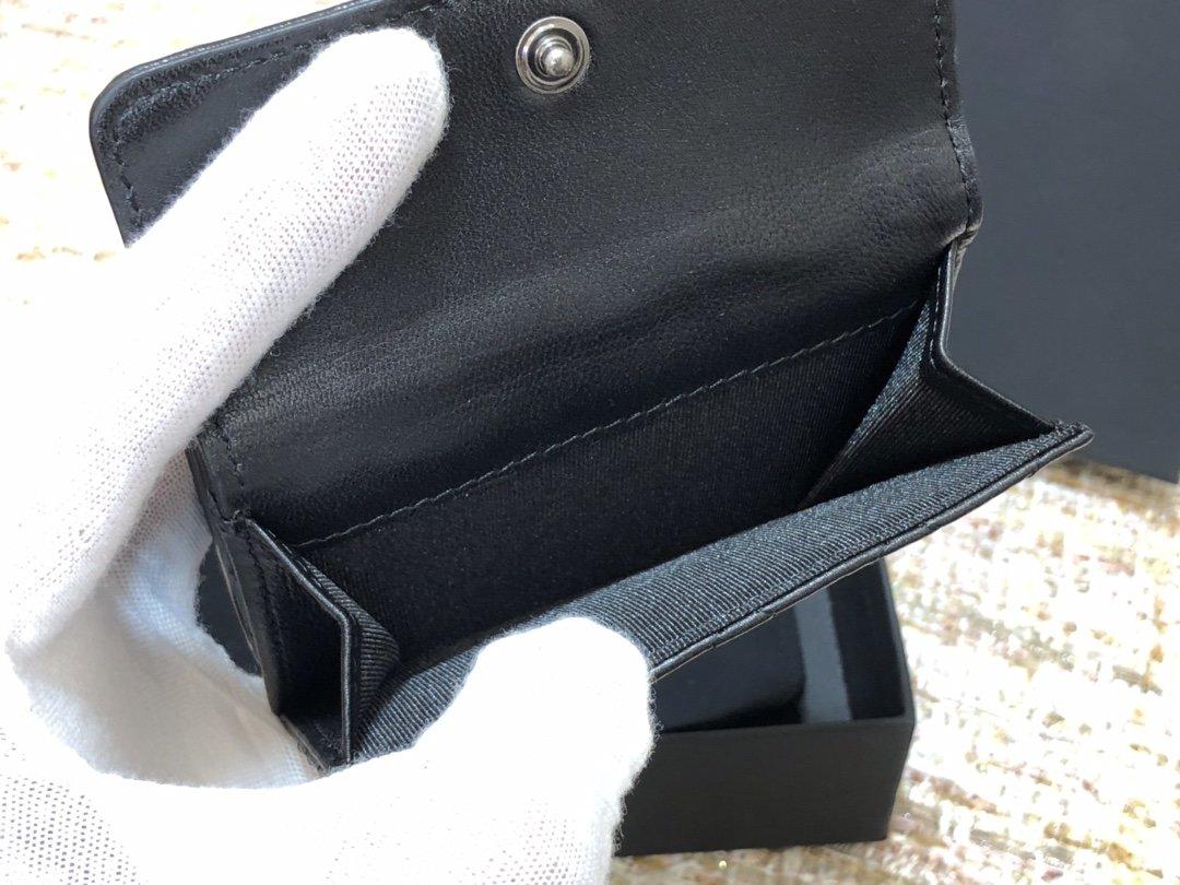 Chanel新款式 经典短夹(图6)