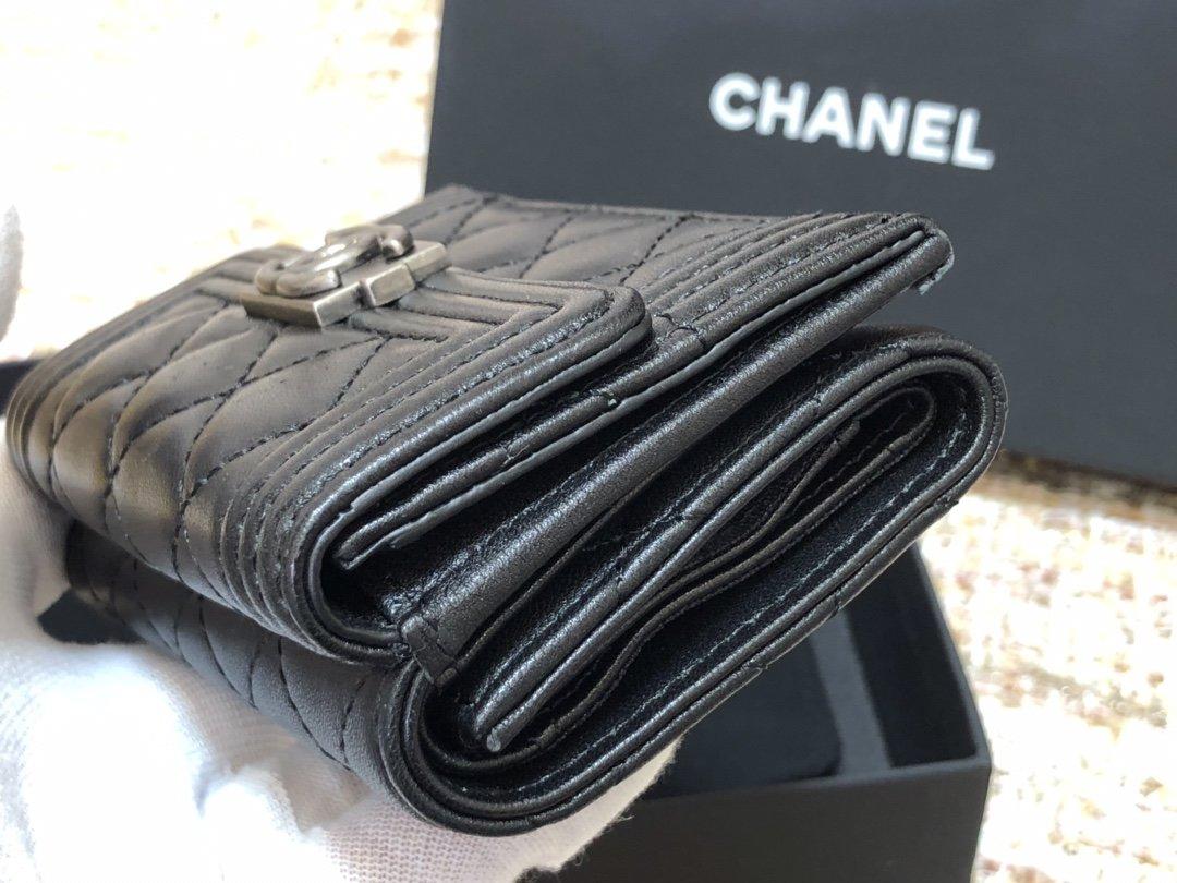 Chanel新款式 经典短夹(图3)