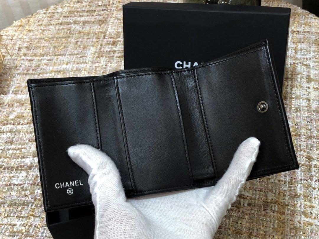 Chanel新款式 经典短夹(图7)