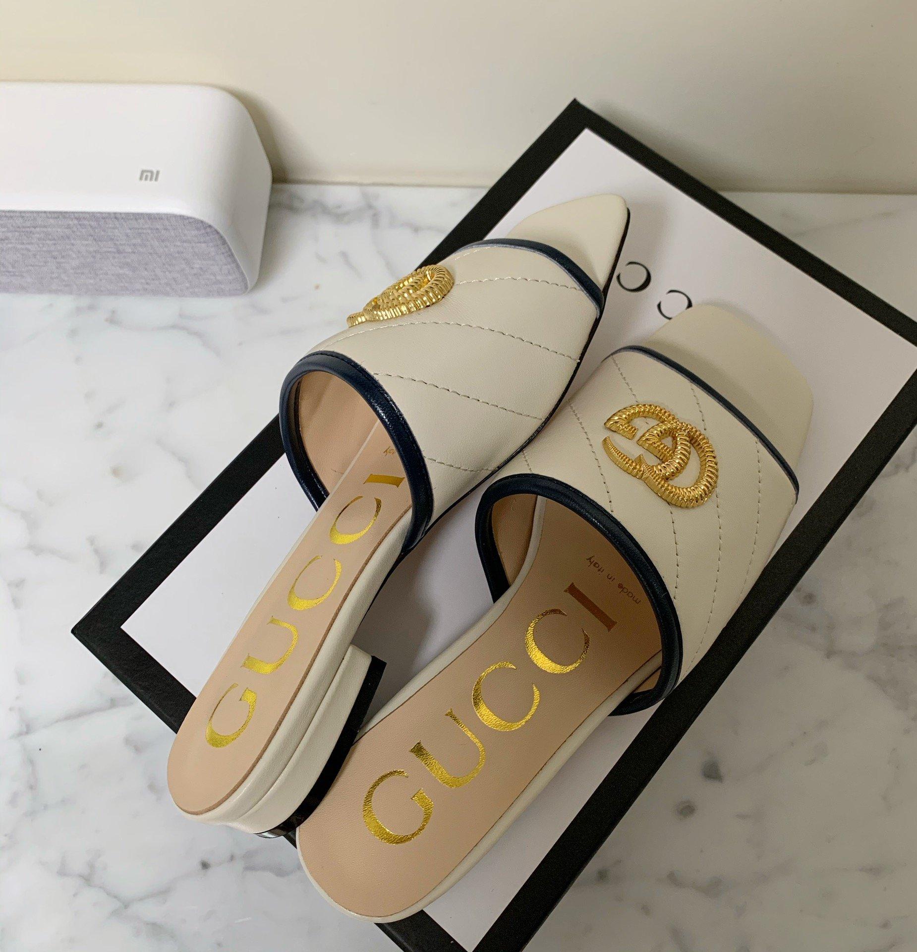 Gucci最新款方头粗跟凉拖鞋经典马