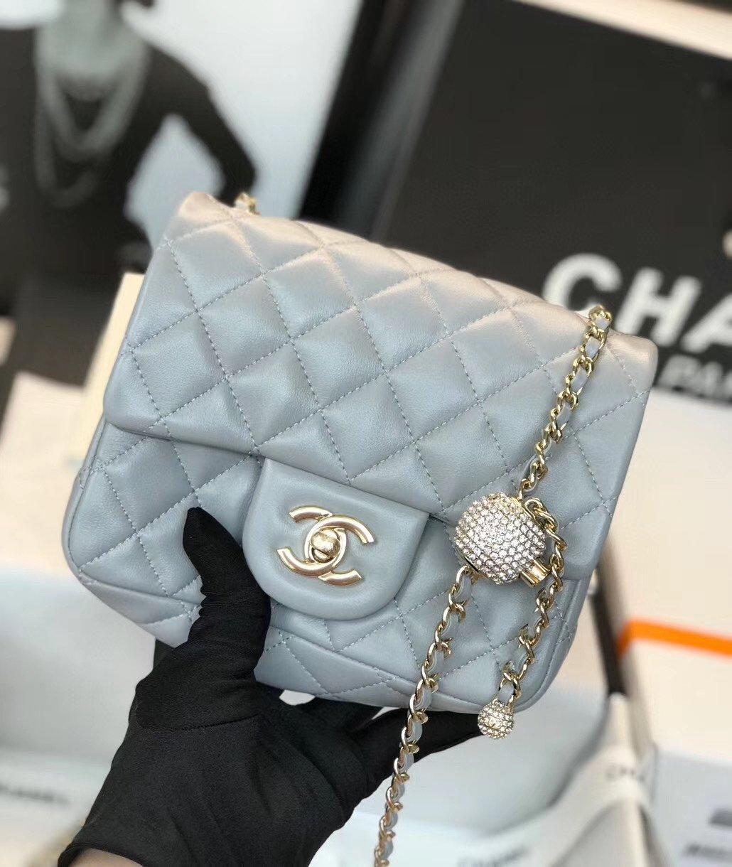 Chanel香奈儿专柜最新钻珠cf款(图2)