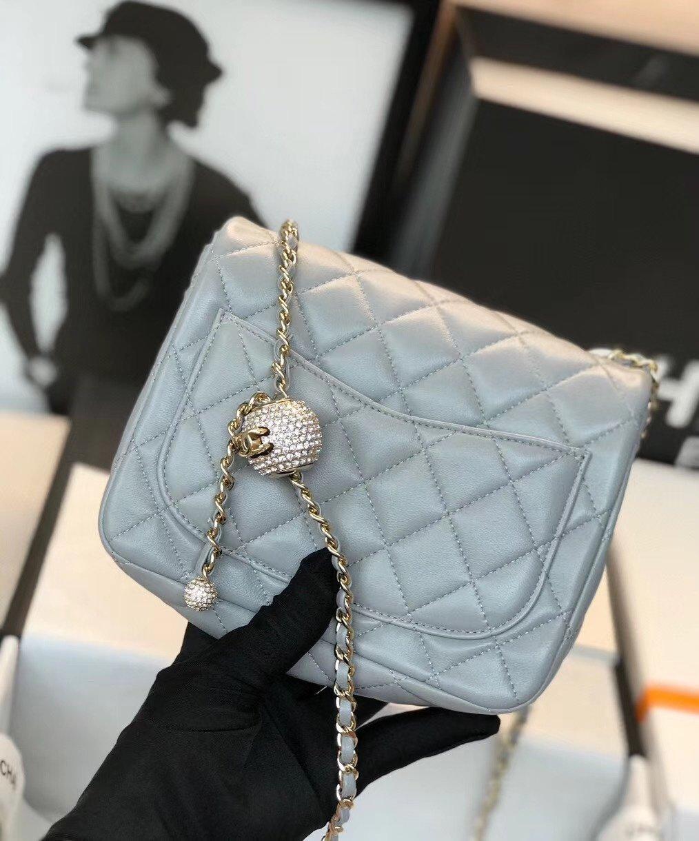 Chanel香奈儿专柜最新钻珠cf款(图3)