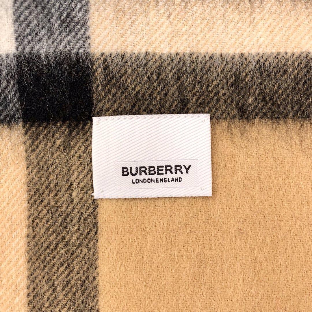 Burberry披肩  羊毛 驼色 经典 专柜同款(图7)